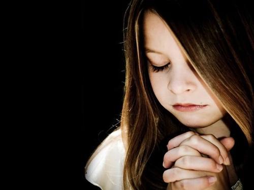 girl-praying_large