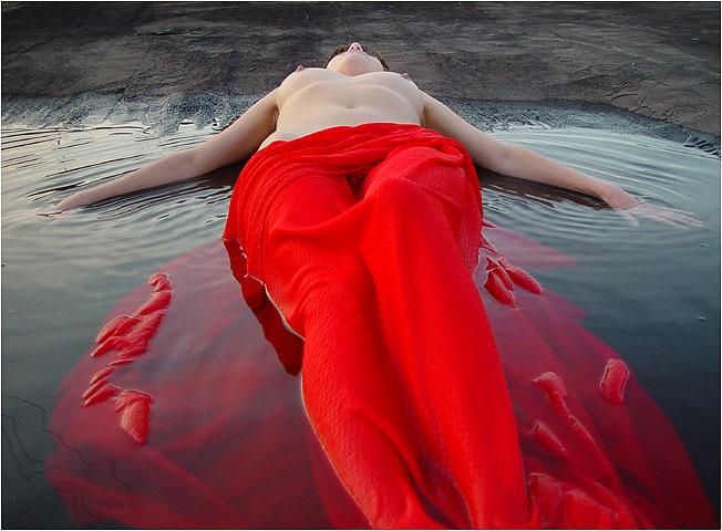mulher_vermelho